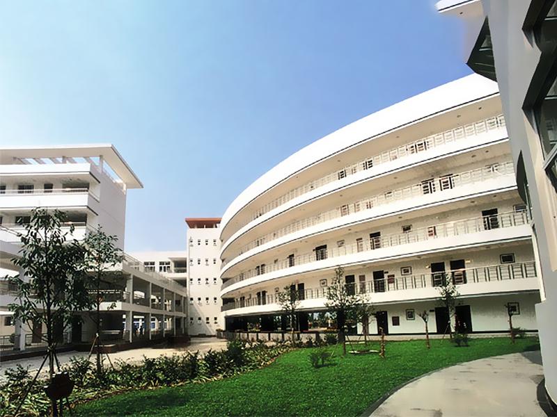 龙泉中学迁建工程